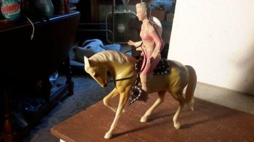 "Hartland ""ANNIE OAKLEY"" on Prancer Palamino  Western  Figure Model"