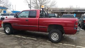 1998 Dodge Ram BR1500 WITH PLOW 4X4