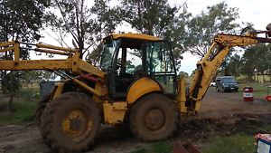New Holland backhoe lb 115 4X4 extenda hoe and 4 wheel steer Rosevale Ipswich South Preview