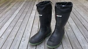 Winter safety boots, size 10.5