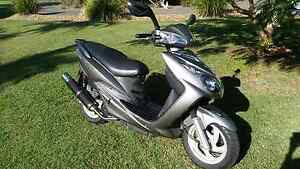 Bolwell scooter sv125 Bargara Bundaberg City Preview