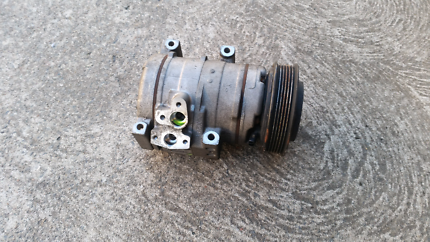 ford ba bf air conditioning compressor 6 cylinder type