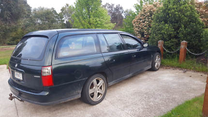 Vt wagon on gas and petrol 4 months rego cheap!!!