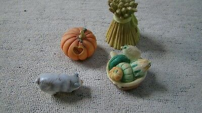 Used, Miniatures pig pumpkin fruit bow and Wheat Mary's moo moos 1995 Enesco for sale  Janesville