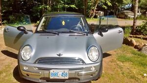 2002 Mini Cooper launch edition! Low kms!