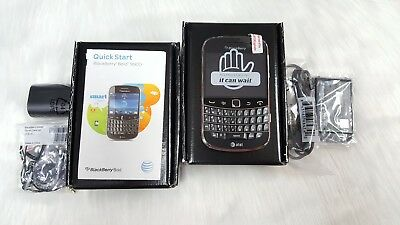 New Inbox BlackBerry Bold 9900 - Black GSM Unlocked (AT&T) (QWERTY Keyboard)