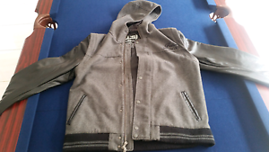 MEN'S JACKET - SKATE- LARGE- GOOD CONDITION Canning Vale Canning Area Preview