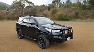 Toyota Fortuner GXL - Black