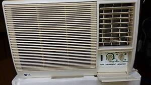 AIR CONDITIONER - WINDOW - WALL  MOUNT Woonona Wollongong Area Preview