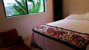 KANIMBLA 2 Rooms with Queen bed Cairns Cairns City Preview