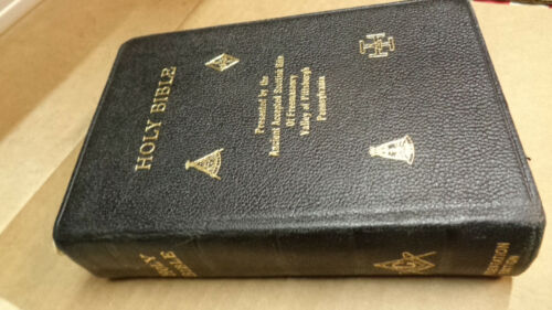 Masonic Bible Holman Edition New and Old Testaments Black Cover
