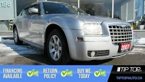 2007 Chrysler 300 Base ** Clean CarFax, 3.5L V6, Well Equipped *
