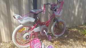 Girls bike xmas gift wrapped and extras!!! Melton South Melton Area Preview
