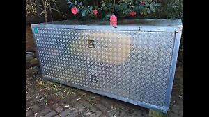 Huge galvanised storage box lockable Lane Cove Lane Cove Area Preview