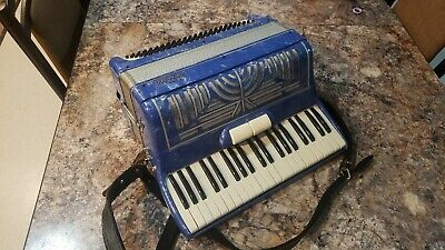 La tosca Accordion blue c11548 with box