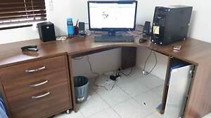 Norris Desk Set Edge Hill Cairns City Preview