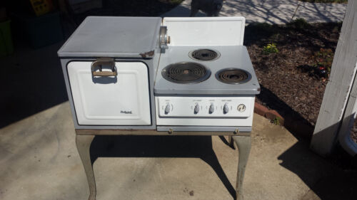 VINTAGE 1927 GE Hotpoint ELECTRIC STOVE  and SIDE OVEN