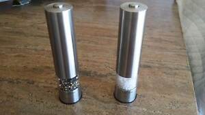 Electric Salt and pepper mill electronic salter brand - Used Altona Hobsons Bay Area Preview