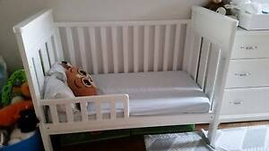 Convertible cot/toddler bed South Perth South Perth Area Preview