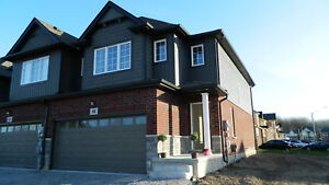 6 BEDROOM HOME  FOR BROCK STUDENTS - MINUTES FROM BROCK