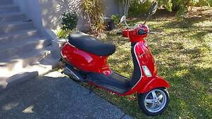 Vespa 'Ruby' LX50 2008 Scooter West End Brisbane South West Preview