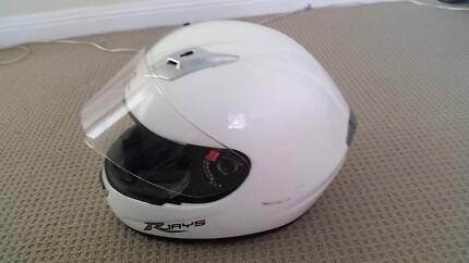 RJAYS GP2 Motorcycle Helmet colour: white size: L Cronulla Sutherland Area Preview