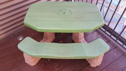 Step2 Children's Outdoor  Table