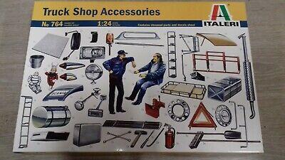 ITALERI 1/24 1/25 Truck Shop Accessories model kit Bausatz maquette