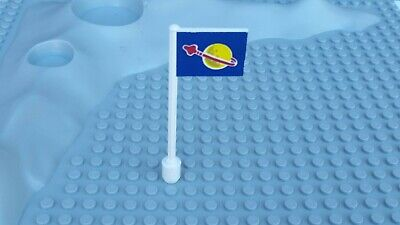 Lego Classic Space 80's Vintage part Flag 3596pb06 Only In Set 6970 Very Rare!