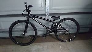BMX Race Bike Felt Mini Oxenford Gold Coast North Preview