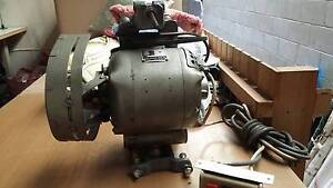 industrial  singer sewing machine motor Burleigh Heads Gold Coast South Preview
