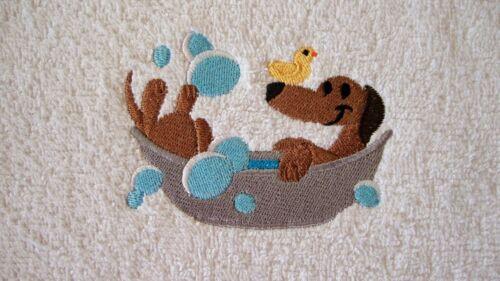 Sausage+dog%2C+Face+cloth%2C+Flannel%2C+Embroidered+Dachshund+dog+in+bath+tub
