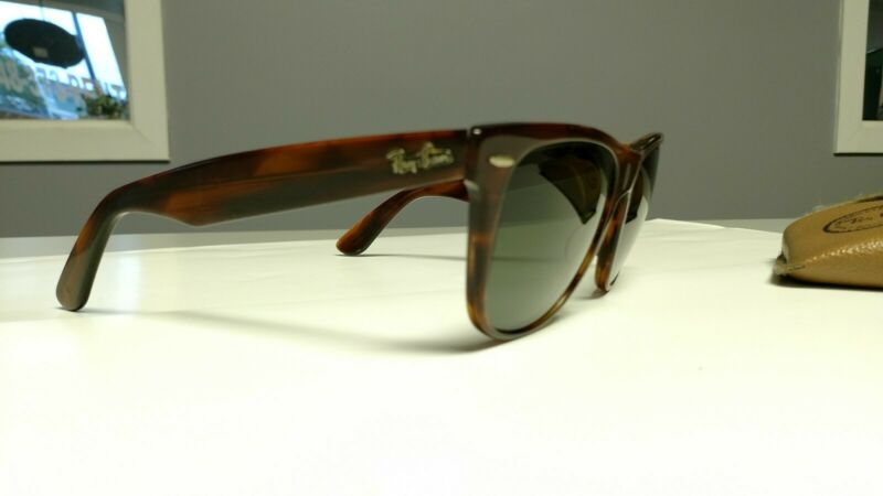 Ray Bans Vintage Wayfarer B&L With Case. Used.