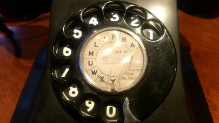 S1/411 Antique Bakelite Telephone Old Black Vintage Narre Warren South Casey Area Preview