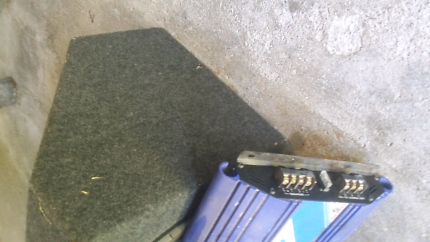 10 inch kenwood sub and amp
