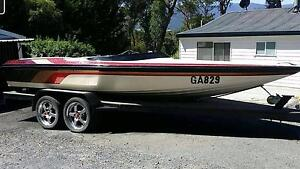 350 chev ski boat 2000 model Launching Place Yarra Ranges Preview