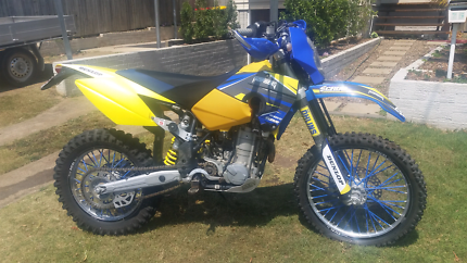 Husaberg fe650e 2006 low km low hrs great condition