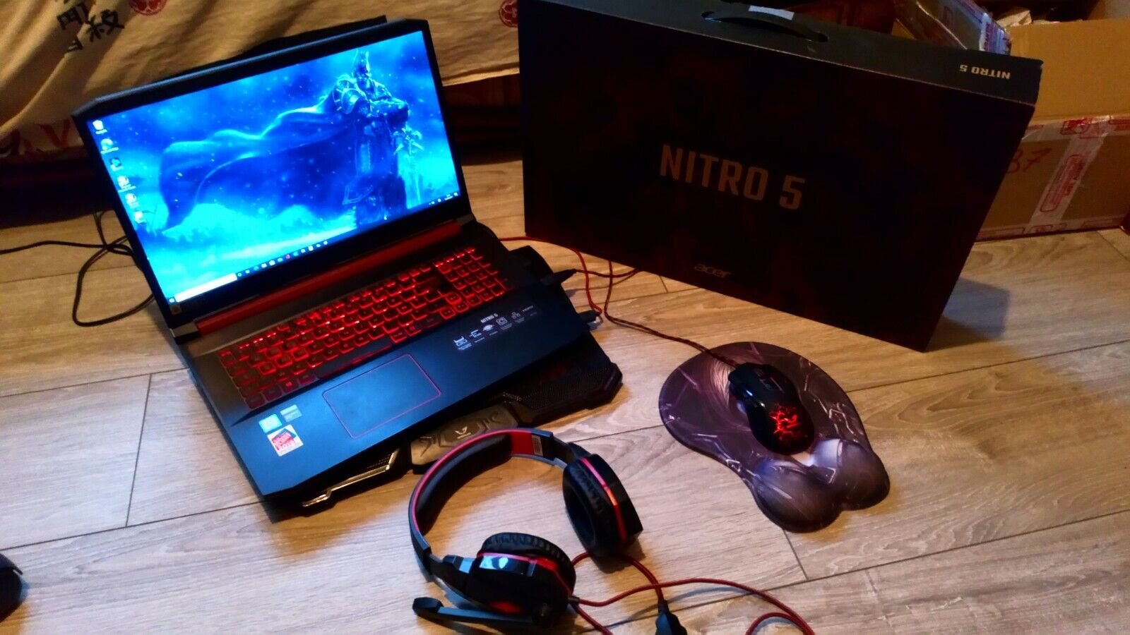 Pc portable gamer acer nitro 5 + souris gamer, casque micro, support, tapis wow