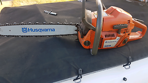 Husqvarna 359 chainsaw Canning Vale Canning Area Preview