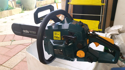 Petrol chainsaw as new