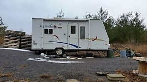 2007 16 FT Jayco camping trailer