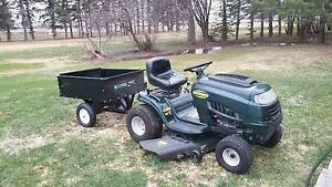 Yardworks 16.5 Hp Riding Mower with tilting trailer