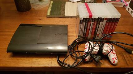PS3 slim console 500gb plus 13 games