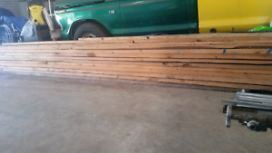 Assorted length of new timber