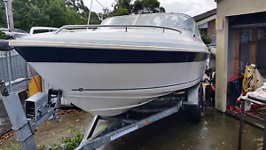 Seafarer Vermont 95 model  225 hp Johnson 2 Bensville Gosford Area Preview