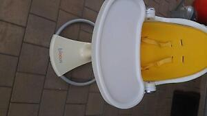 Bloom Bay high chair feeding Seaton Charles Sturt Area Preview