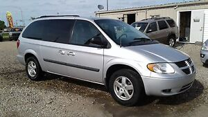 ** ONLY 96KM * 2007 DODGE GRAND CARAVAN ** STOW N GO **