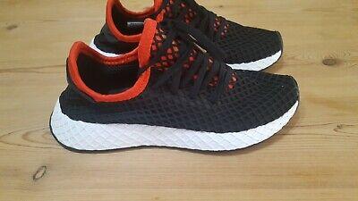 Adidas Originals Deerupt Runner Junior Trainers- Size UK 3 -Black/Red/White