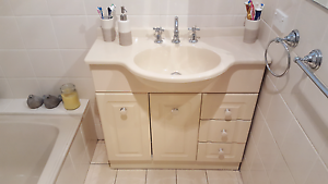 Bathroom vanity unit Aberfoyle Park Morphett Vale Area Preview