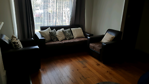 Dark brown lounge suite Sunshine Brimbank Area Preview